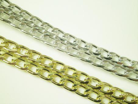 1 m aufbügelbare, doppelreihige Metallkette 10 mm br.