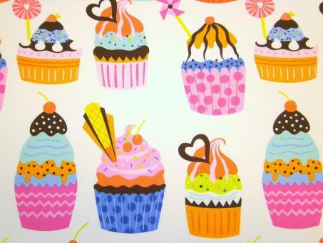 "0,1 m Baumwoll-Druckstoff  ""Cupcake""  110 cm br."